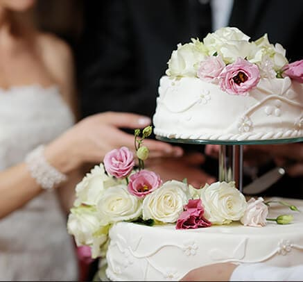 Weedings Cake